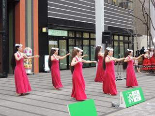 東京マラソン2014 蛎殻町 リガーレ日本橋前